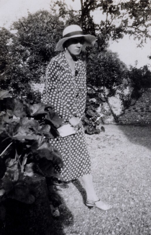 Vanessa Bell, by Helen Morris (née Souter), June 1931 - NPG x136466 - © reserved; collection National Portrait Gallery, London