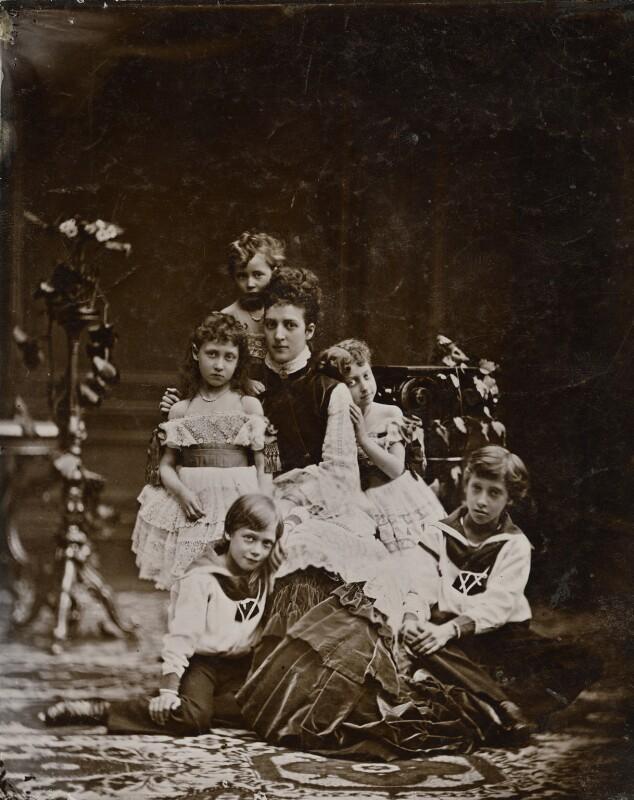 Alexandra of Denmark with her children, by Georg Emil Hansen, August 1874 - NPG x136646 - © National Portrait Gallery, London