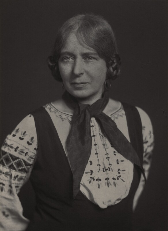 Laura Knight, by Walter Stoneman, 1930 - NPG x168788 - © National Portrait Gallery, London