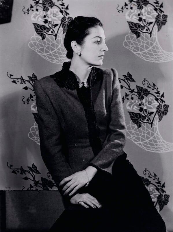(Ava) Alice (Muriel) Astor (later Obolensky, later von Hofmannsthal, later Pleydell-Bouverie), by Gordon Anthony, circa 1930 - NPG x137026 - © reserved; collection National Portrait Gallery, London