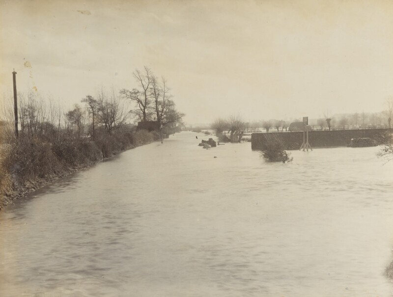 'The Road to Abingdon - The Floods at Oxford', by Unknown photographer, November 1894 - NPG P1700(5a) - © National Portrait Gallery, London