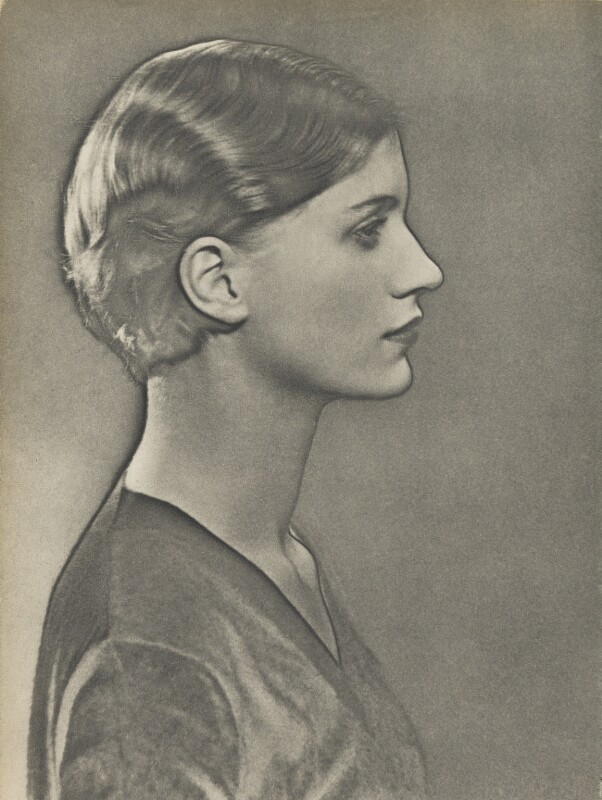Lee Miller, by Man Ray, 1929 - NPG x137153 - © Man Ray Trust/ADAGP, Paris and DACS, London 2017