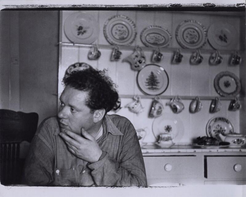 Dylan Thomas, by Rollie McKenna, September 1953 - NPG x137178 - © Rosalie Thorne McKenna Foundation; Courtesy Center for Creative Photography, University of Arizona Foundation