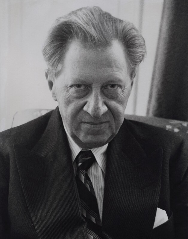 Sir (Francis) Osbert Sacheverell Sitwell, by Rollie McKenna, 1950s - NPG x137195 - © Rosalie Thorne McKenna Foundation; Courtesy Center for Creative Photography, University of Arizona Foundation