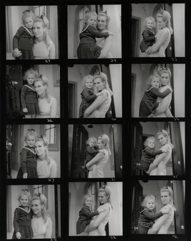 Nicolette, Marchioness of Londonderry with her daughter, by Francis Goodman, 4 November 1962 - NPG x195319 - © National Portrait Gallery, London