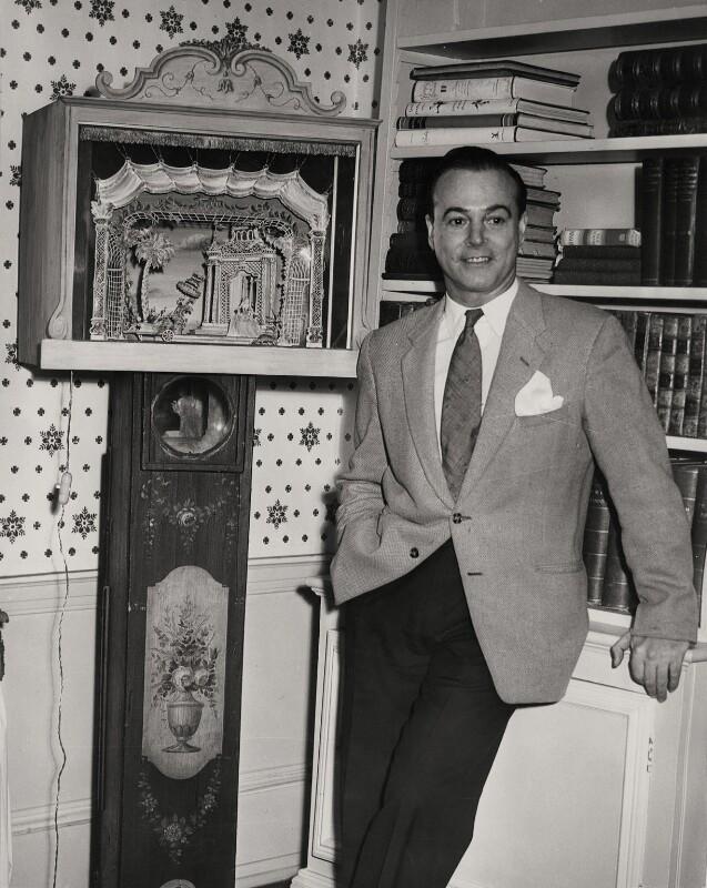 Oliver Messel, by Keystone Press Agency Ltd, 1 January 1958 - NPG x137604 - © Keystone Press Agency Ltd