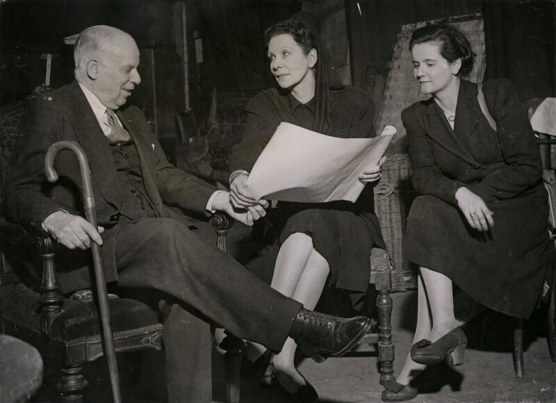 Sir Charles Blake Cochran; Doris Zinkeisen; Honoria Plesch, by Keystone Press Agency Ltd, 2 April 1946 - NPG x184324 - © Keystone Press Agency Ltd