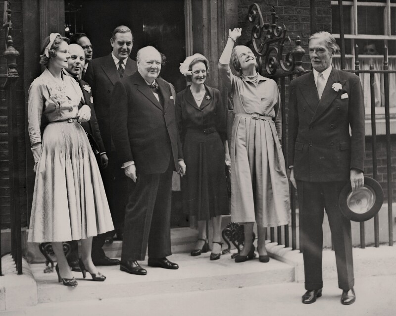 The wedding of (Robert) Anthony Eden, 1st Earl of Avon and Clarissa Eden (née Spencer-Churchill), Countess of Avon, by International News Photos, 14 August 1952 - NPG x182302 - © reserved; collection National Portrait Gallery, London