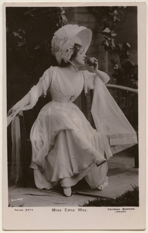 Edna May (Edna Pettie), by Bassano Ltd, published by  Davidson Brothers, 1900s - NPG x193936 - © National Portrait Gallery, London