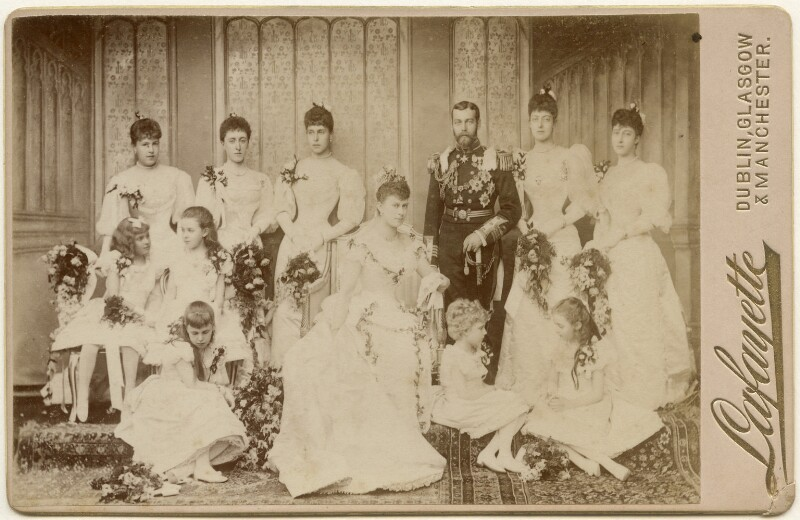 The Duke and Duchess of York with their bridesmaids, by Lafayette, 6 July 1893 - NPG x197485 - © National Portrait Gallery, London