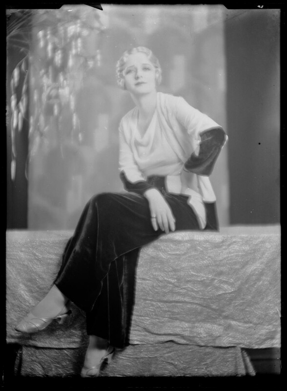 (Elsie) Evelyn Laye, by Dudley Glanfield, late 1920s - NPG x198700 - © reserved; collection National Portrait Gallery, London