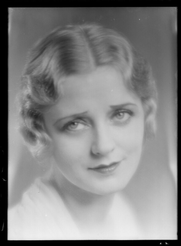 (Elsie) Evelyn Laye, by Dudley Glanfield, late 1920s - NPG x198702 - © reserved; collection National Portrait Gallery, London