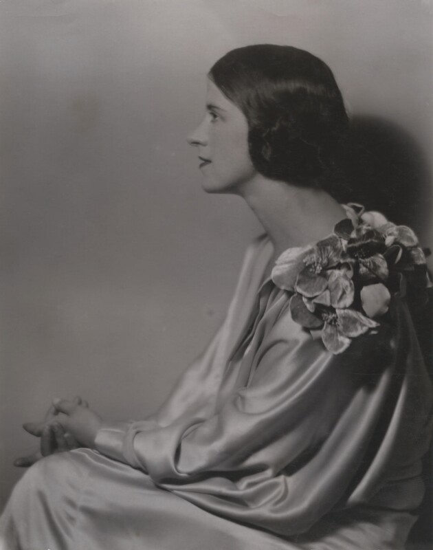Beatrice Gladys Lillie (Lady Peel), by Culver Pictures Ltd, circa 1928 - NPG x194355 - © National Portrait Gallery, London