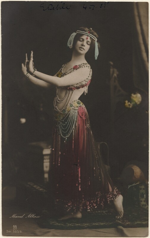 Maud Allan as Salome in 'The Vision of Salome', by Gerlach, published by  G.G. & Co, 1908 - NPG x198169 - © National Portrait Gallery, London