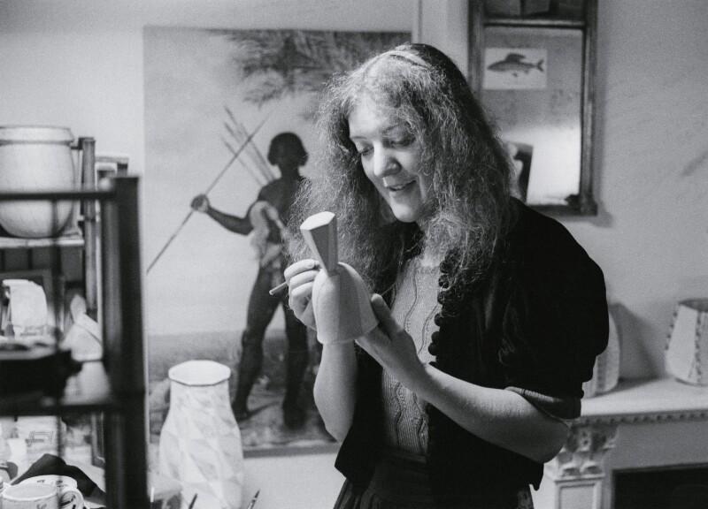 Elizabeth Fritsch, by John Walmsley, 1977 - NPG x199688 - © John Walmsley