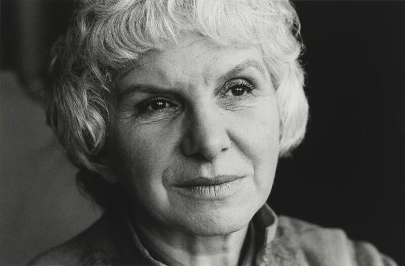 Leila Berg, by John Walmsley, 1976 - NPG x200032 - © John Walmsley