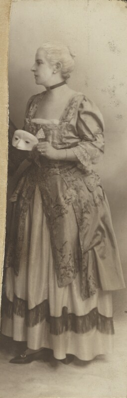 Baroness Catherine d'Erlanger, by Unknown photographer, 1890s - NPG Ax105738 - © National Portrait Gallery, London