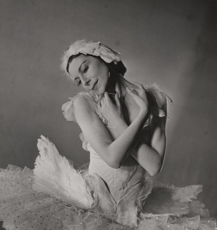 Dame Alicia Markova in 'The Dying Swan', by Gilbert Adams, 1948 - NPG x199883 - © estate of Gilbert Adams / Camera Press