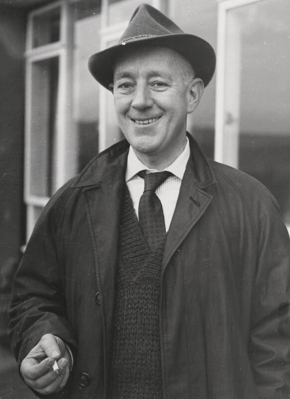 Sir Alec Guinness, by Keystone Press Agency Ltd, 1 January 1959 - NPG x194425 - © National Portrait Gallery, London