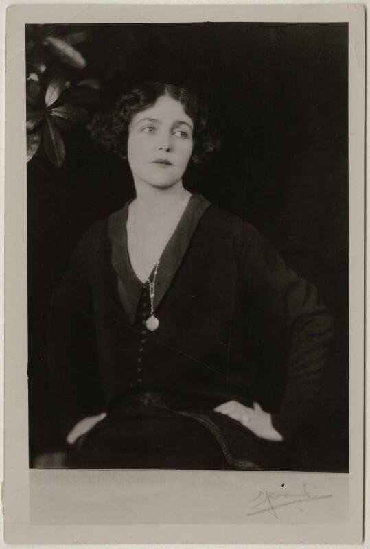 Médecins de la Grande Guerre - Mary Borden créa des