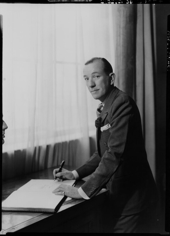 Noël Coward, by Howard Coster, 1939 - NPG x11065 - © National Portrait Gallery, London