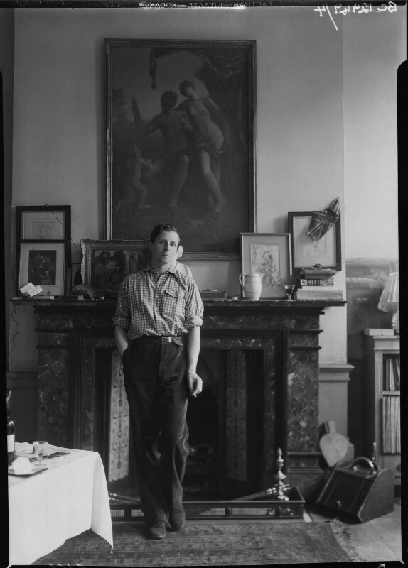 Rex Whistler, by Howard Coster, 1936 - NPG x12292 - © National Portrait Gallery, London