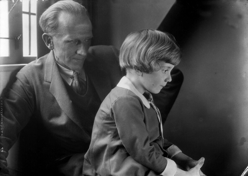 A.A. Milne; Christopher Robin Milne, by Howard Coster, 1926 - NPG x19576 - © National Portrait Gallery, London
