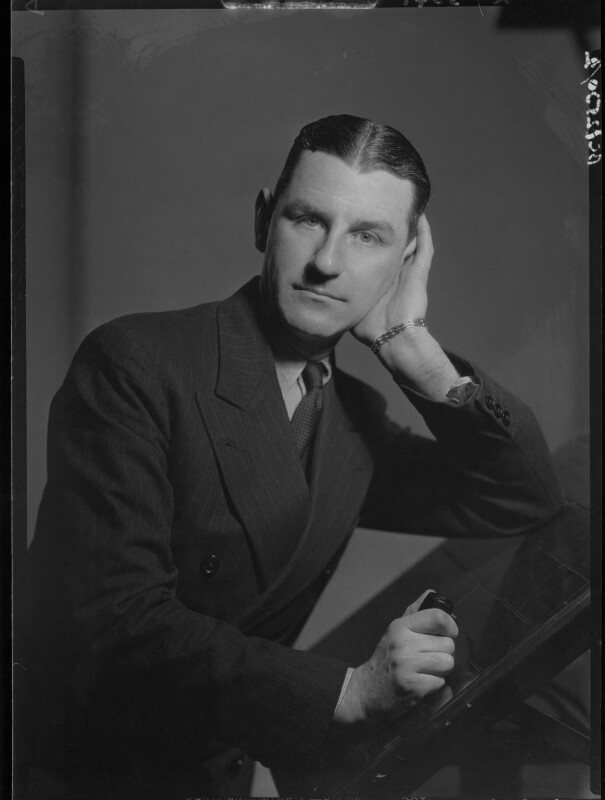 Maxwell Knight, by Howard Coster, 1934 - NPG x23369 - © National Portrait Gallery, London