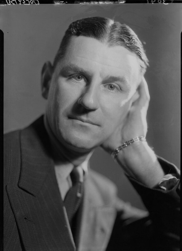 Maxwell Knight, by Howard Coster, 1934 - NPG x23370 - © National Portrait Gallery, London