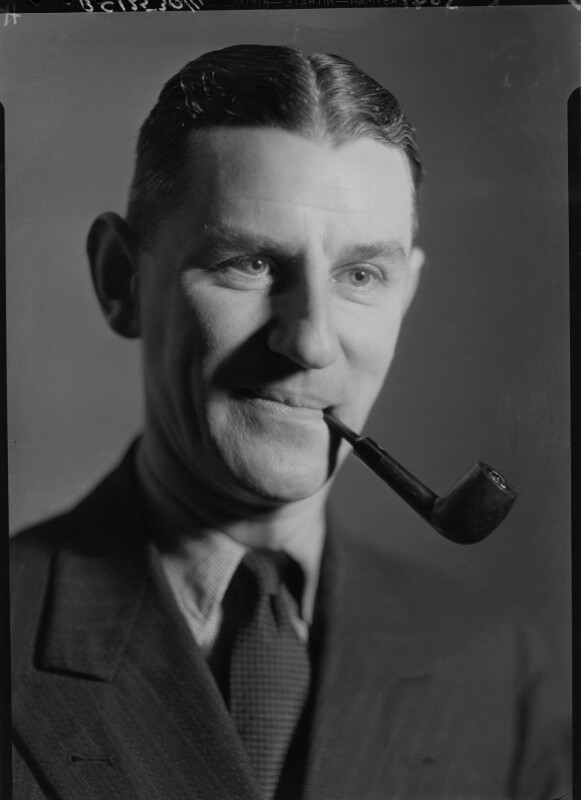 Maxwell Knight, by Howard Coster, 1934 - NPG x23371 - © National Portrait Gallery, London