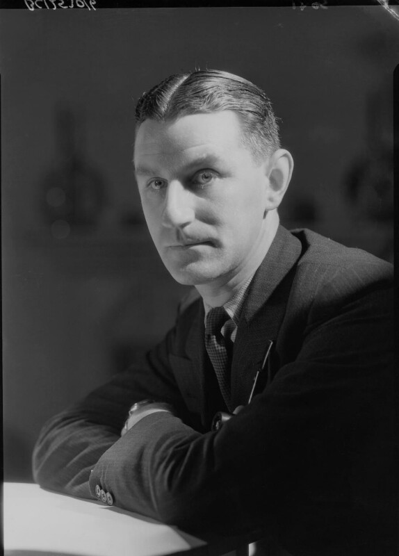 Maxwell Knight, by Howard Coster, 1934 - NPG x23373 - © National Portrait Gallery, London