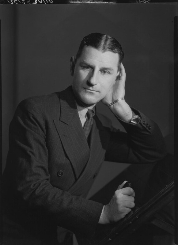 Maxwell Knight, by Howard Coster, 1934 - NPG x23377 - © National Portrait Gallery, London