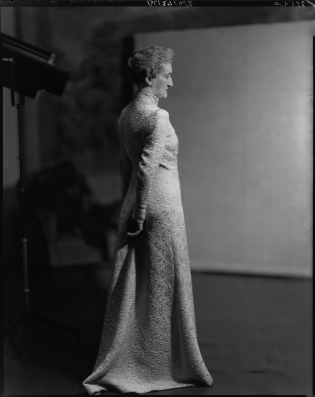 Margaret Emma Alice ('Margot') Asquith (née Tennant), Countess of Oxford and Asquith, by Howard Coster, 1937 - NPG x24267 - © National Portrait Gallery, London