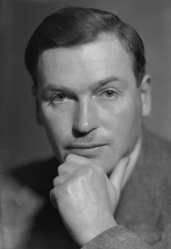 (Edward Godfree) Richard Aldington, by Howard Coster, 1931 - NPG x2428 - © National Portrait Gallery, London
