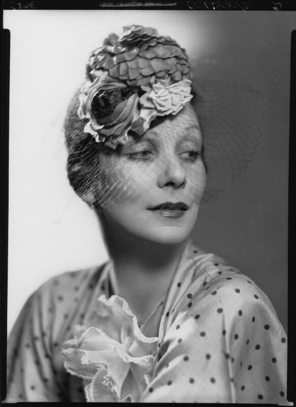Doris Zinkeisen, by Howard Coster, 1936 - NPG x24300 - © National Portrait Gallery, London