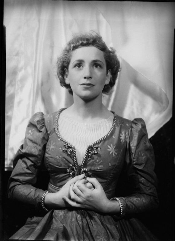 Dame Peggy Ashcroft as Juliet in 'Romeo and Juliet', by Howard Coster, 1935 - NPG x2474 - © National Portrait Gallery, London