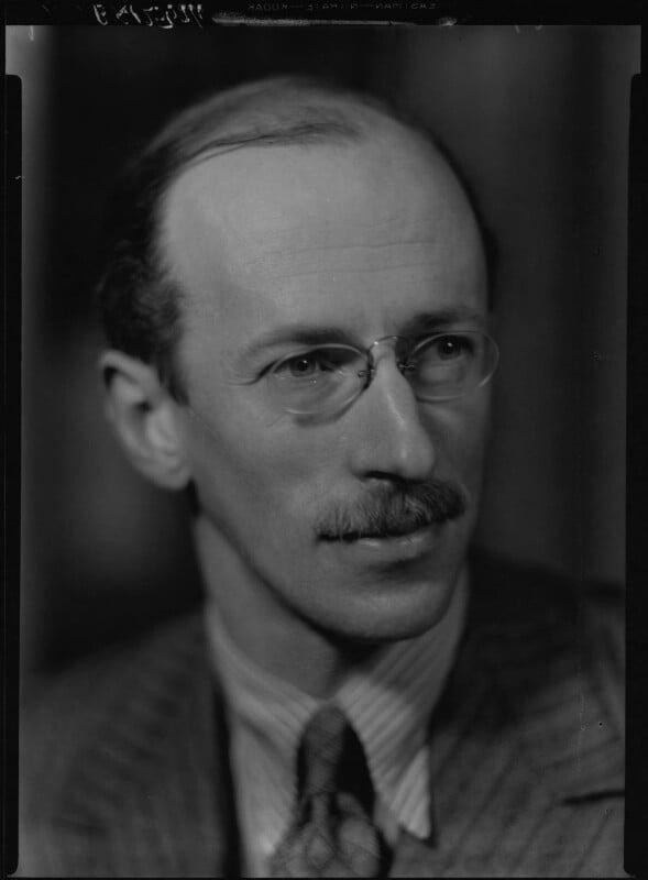 Sir Basil Henry Liddell Hart, by Howard Coster, 1939 - NPG x25395 - © National Portrait Gallery, London