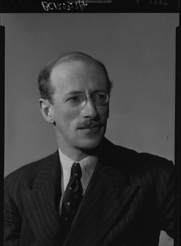 Sir Basil Henry Liddell Hart, by Howard Coster, 1939 - NPG x25397 - © National Portrait Gallery, London