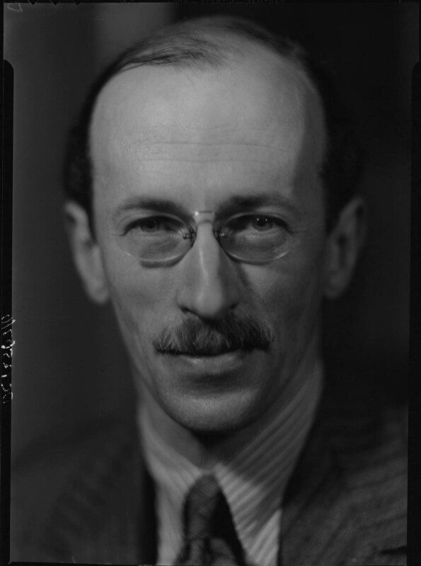 Sir Basil Henry Liddell Hart, by Howard Coster, 1939 - NPG x25400 - © National Portrait Gallery, London