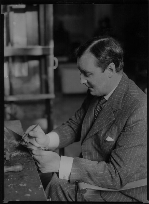 Gerald Leslie Brockhurst, by Howard Coster, 1937 - NPG x3153 - © National Portrait Gallery, London