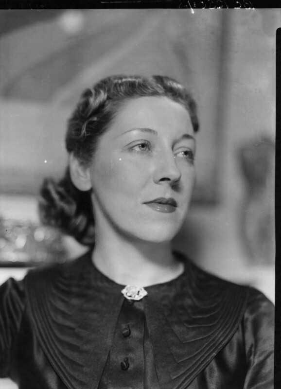 Amy Johnson, by Howard Coster, 1937 - NPG x3571 - © National Portrait Gallery, London