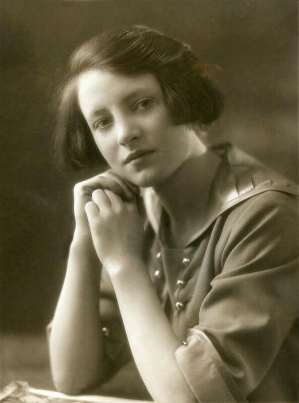 Jill Esmond, by Bassano Ltd, 1923 - NPG x83400 - © National Portrait Gallery, London