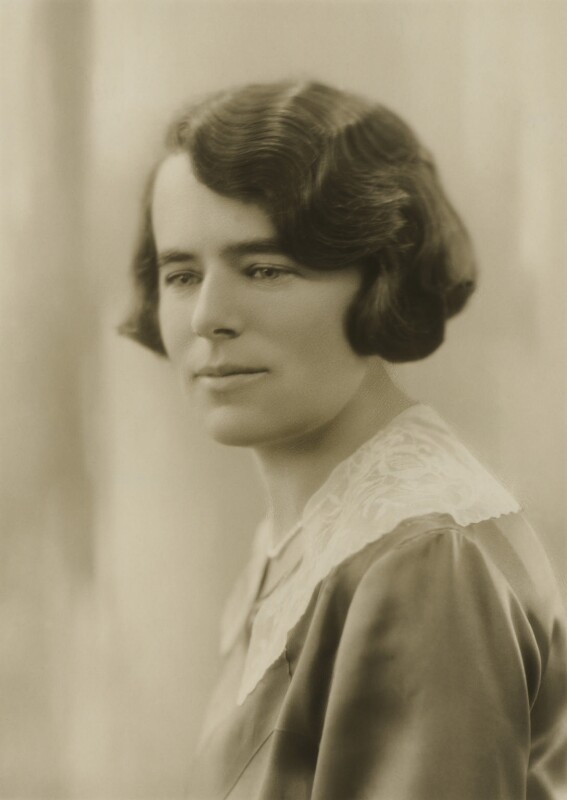 Aline Mackinnon, by Bassano Ltd, April 1930 - NPG x83710 - © National Portrait Gallery, London