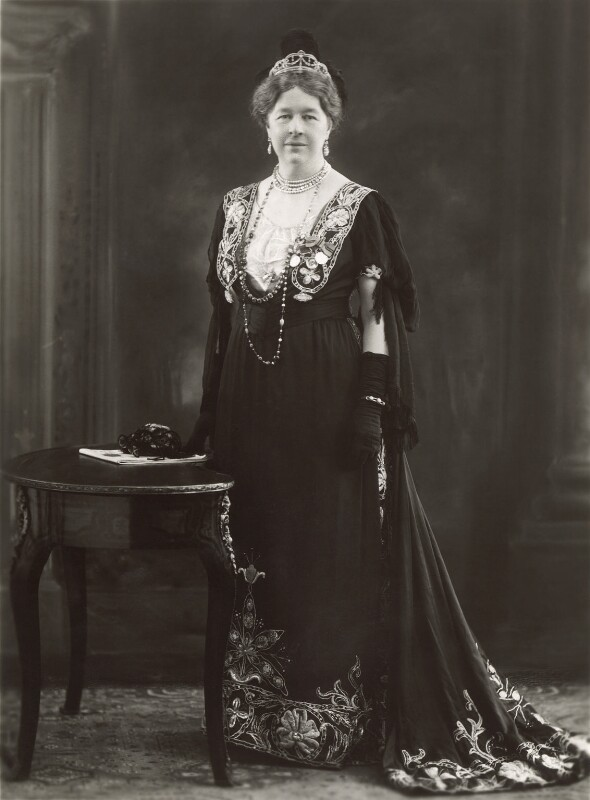 Dame Ishbel Maria (née Marjoribanks), Marchioness of Aberdeen and Temair, by Bassano Ltd, 10 February 1920 - NPG x83912 - © National Portrait Gallery, London