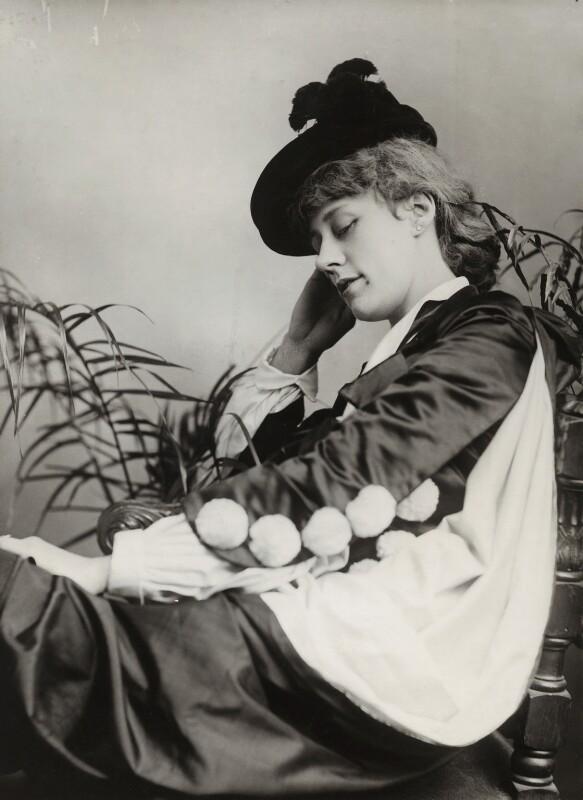 Violet Vanbrugh (Violet Augusta Mary Barnes), by Alexander Bassano, 1890 - NPG x84957 - © National Portrait Gallery, London