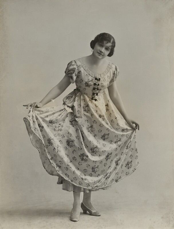 Dorothy Varick, by Bassano Ltd, 12 April 1916 - NPG x84970 - © National Portrait Gallery, London
