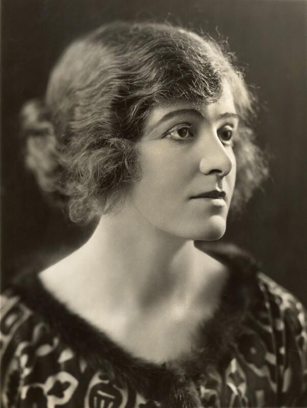Renée Kelly, by Bassano Ltd, 1921 - NPG x85539 - © National Portrait Gallery, London