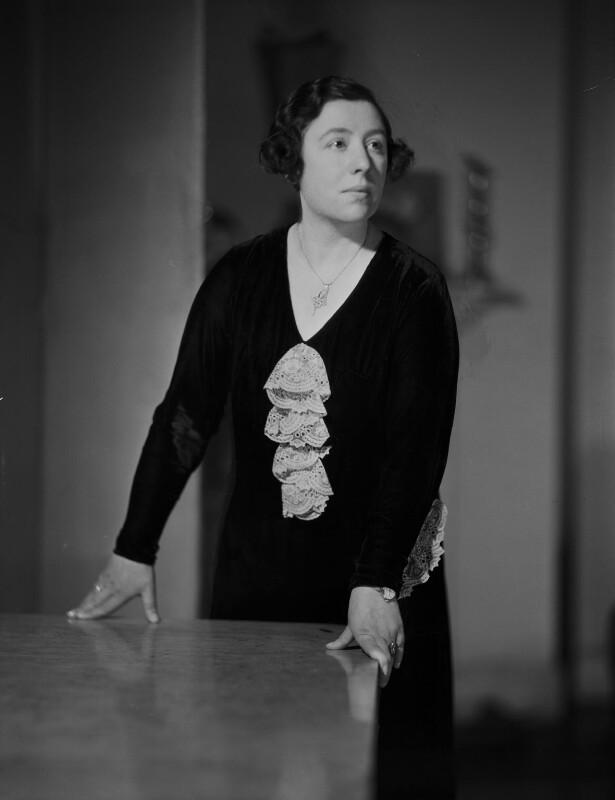 Wilhelmina Stitch (Ruth Collie), by Howard Coster, 1932 - NPG x93854 - © National Portrait Gallery, London