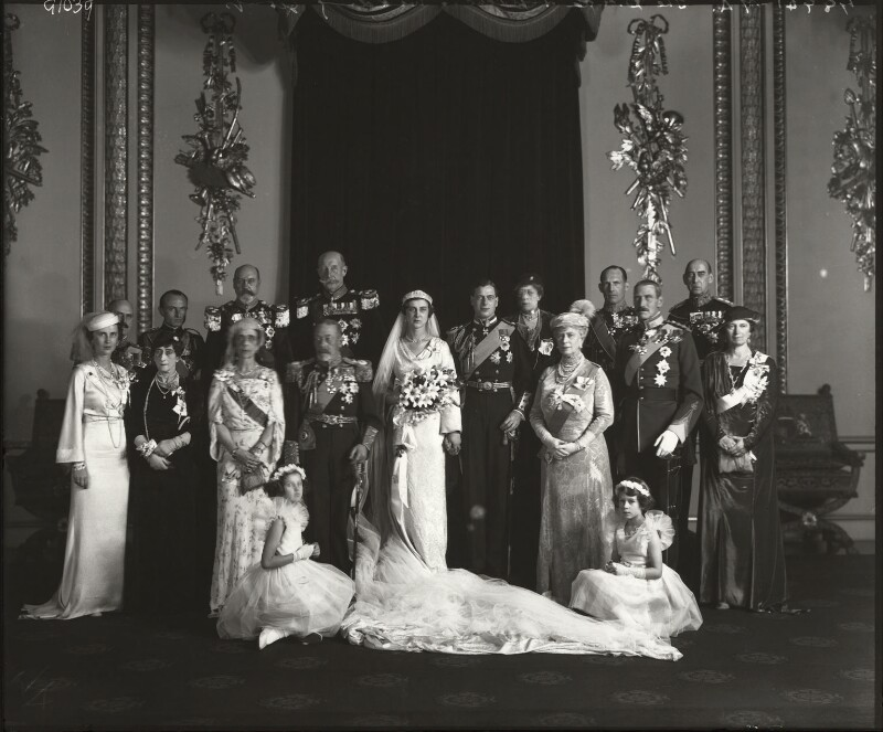 Royal group including George V and Queen Mary, by Bassano Ltd, 1934 - NPG x95792 - © National Portrait Gallery, London
