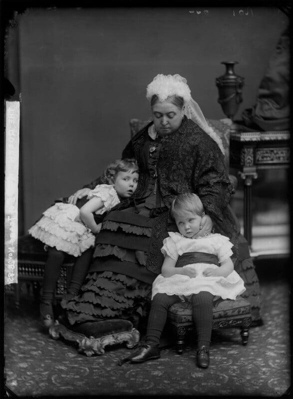 Margaret, Crown Princess of Sweden; Queen Victoria; Prince Arthur of Connaught, by Alexander Bassano, 26 November 1885 - NPG x95835 - © National Portrait Gallery, London